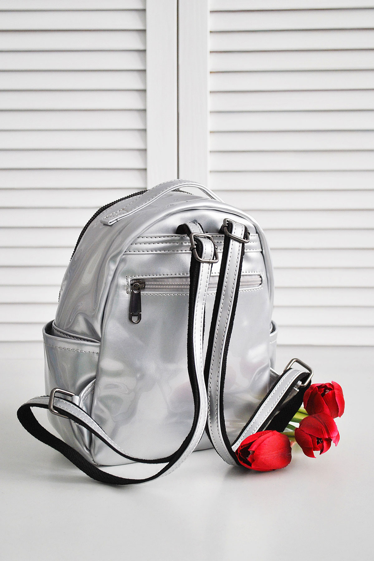 ecd6aee15210 женский лакированный рюкзак цвета молоко. Рюкзак 26311.
