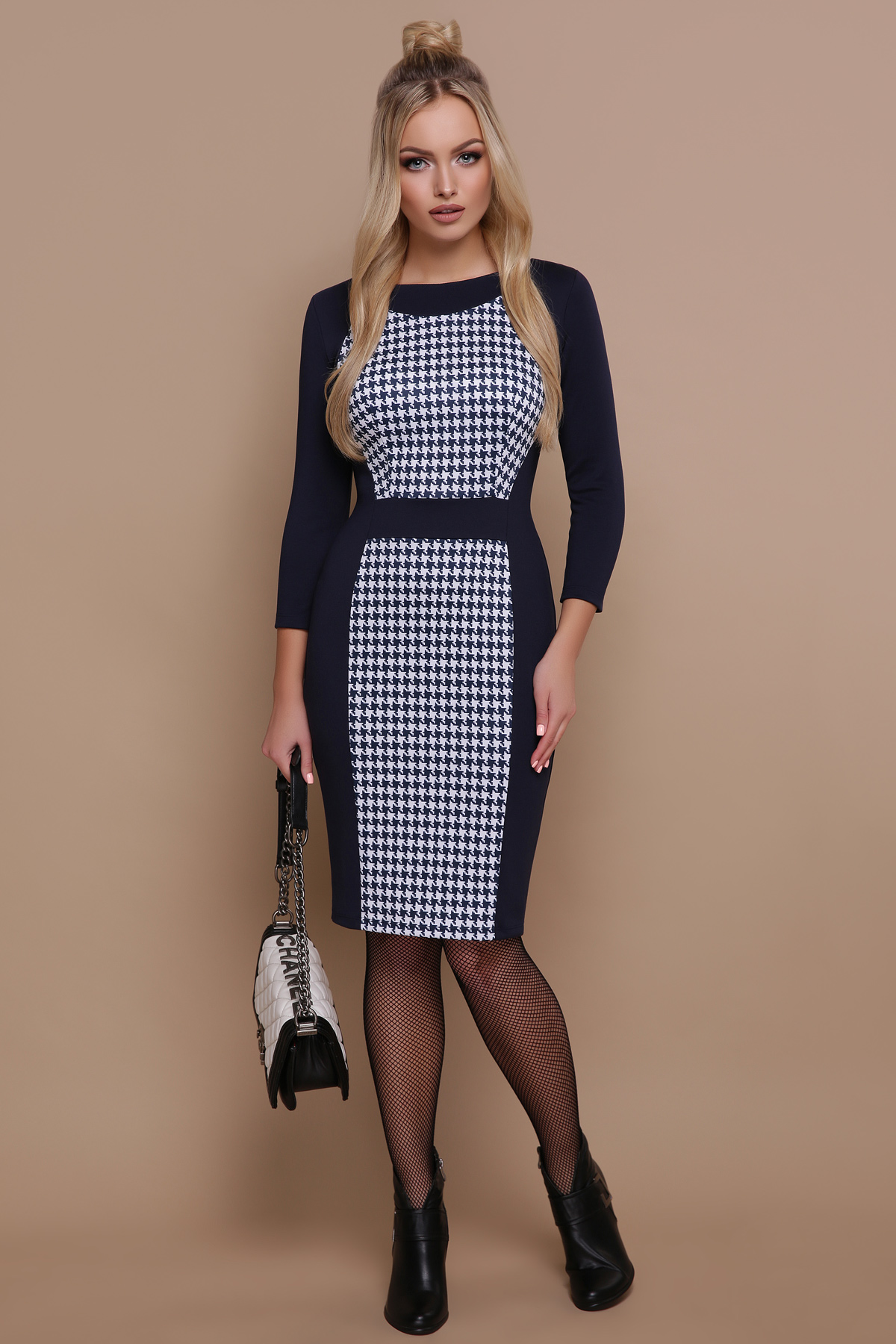 темно-синее платье с принтом. Синяя лапка Шанель-П платье д р 6059e12639c