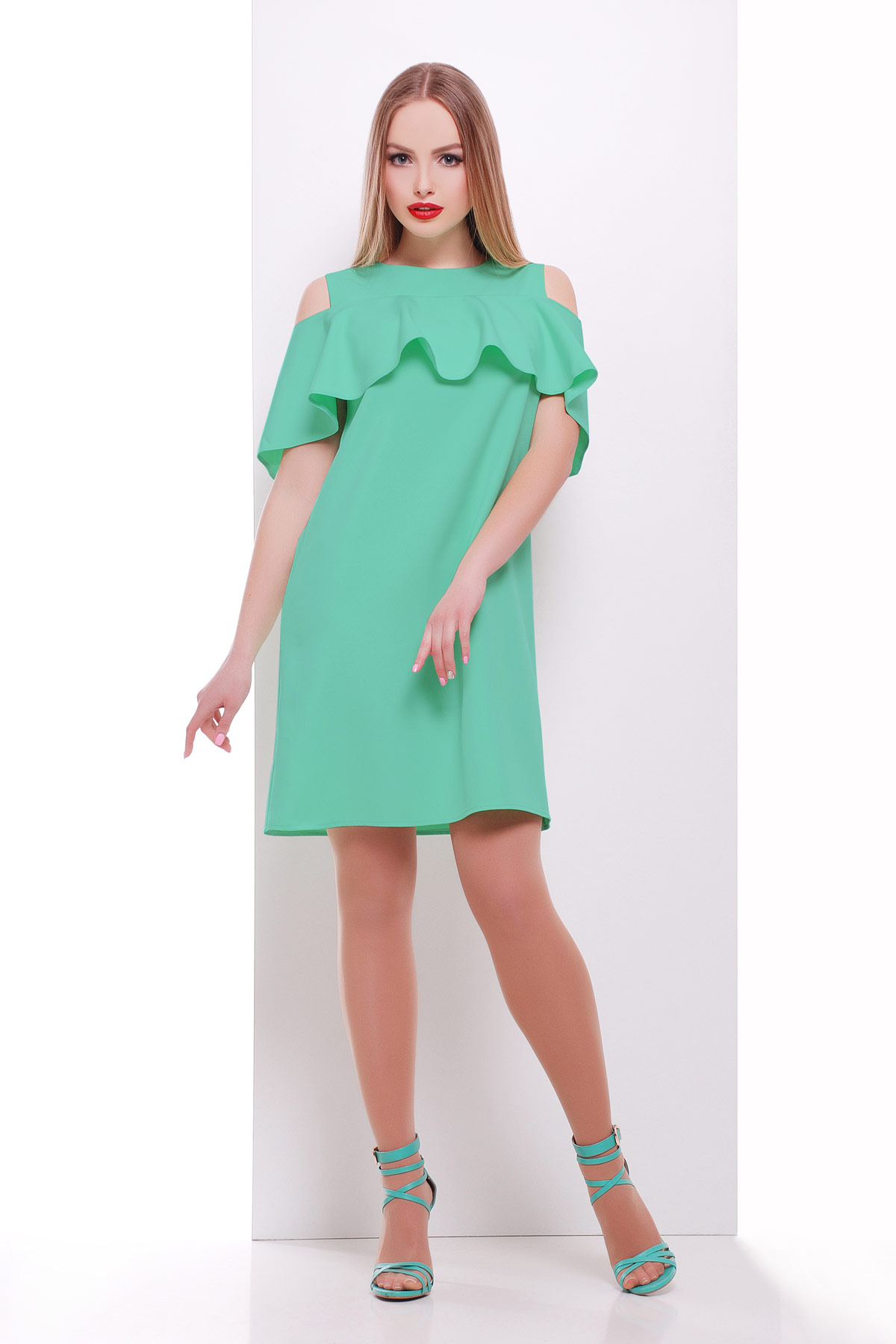 мятное платье с воланом на плечах. платье Ольбия б р. Цвет  мята 28862ed397a