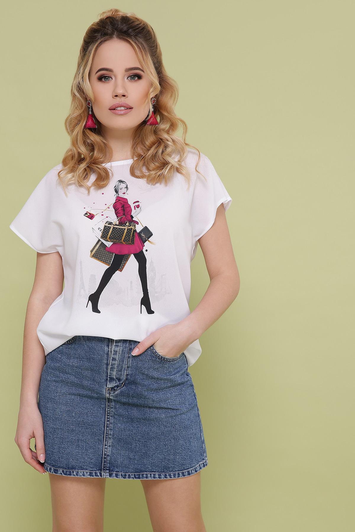 Девушка с покупками блуза Мира-2 б/р. Цвет: белый