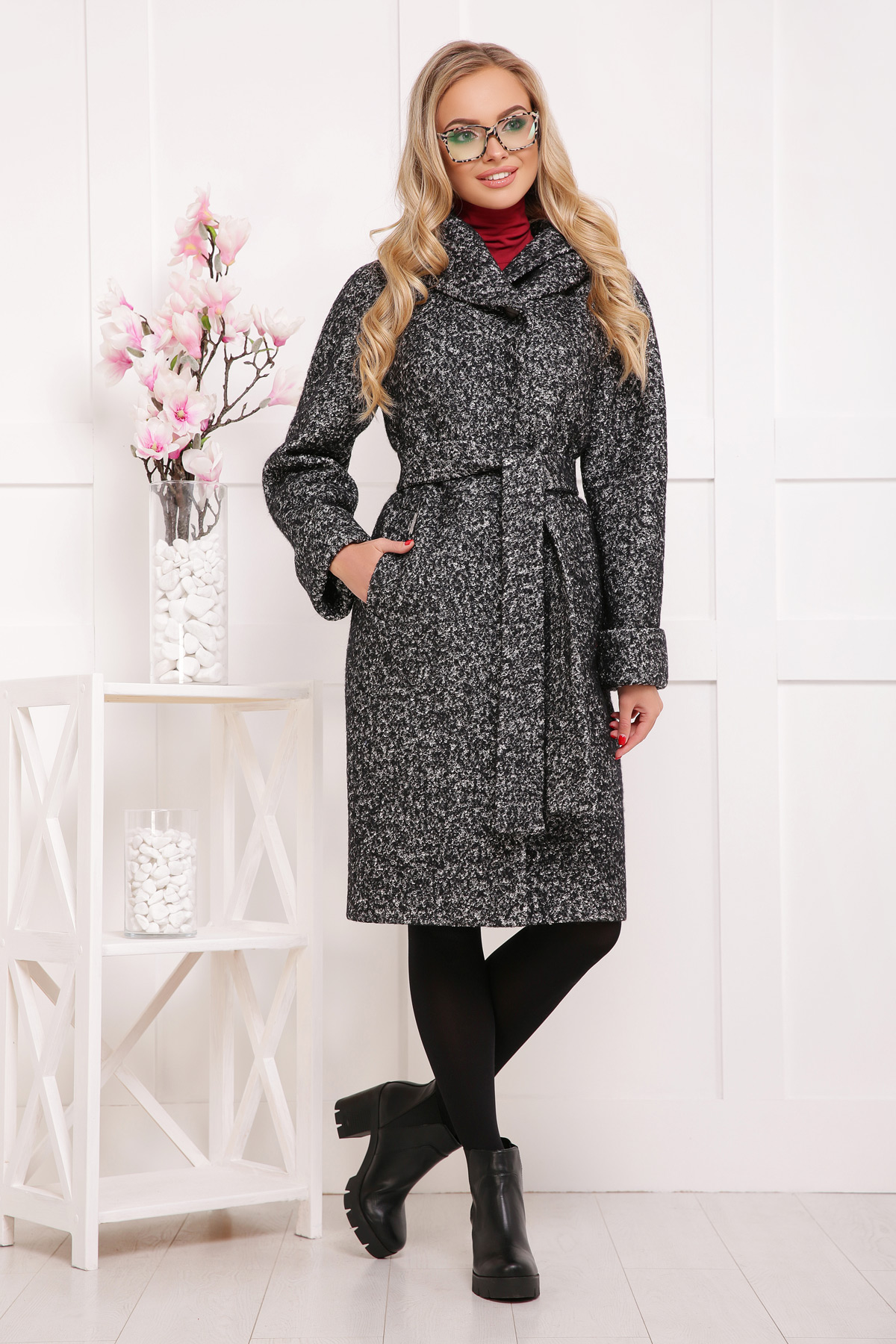 женское пальто с капюшоном. пальто П-304-100б. Цвет  1202 08ee0e43f9303