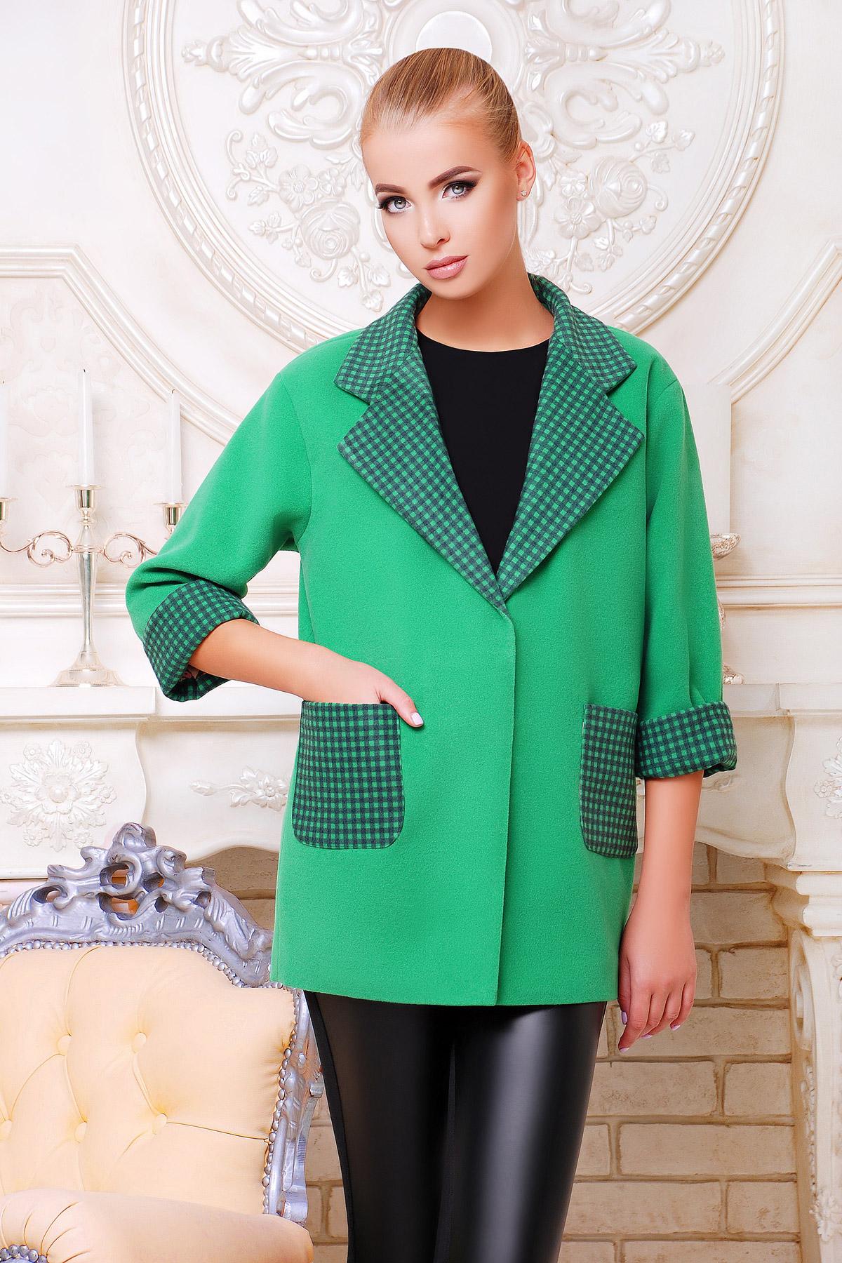 Пальто зелёного цвета купить