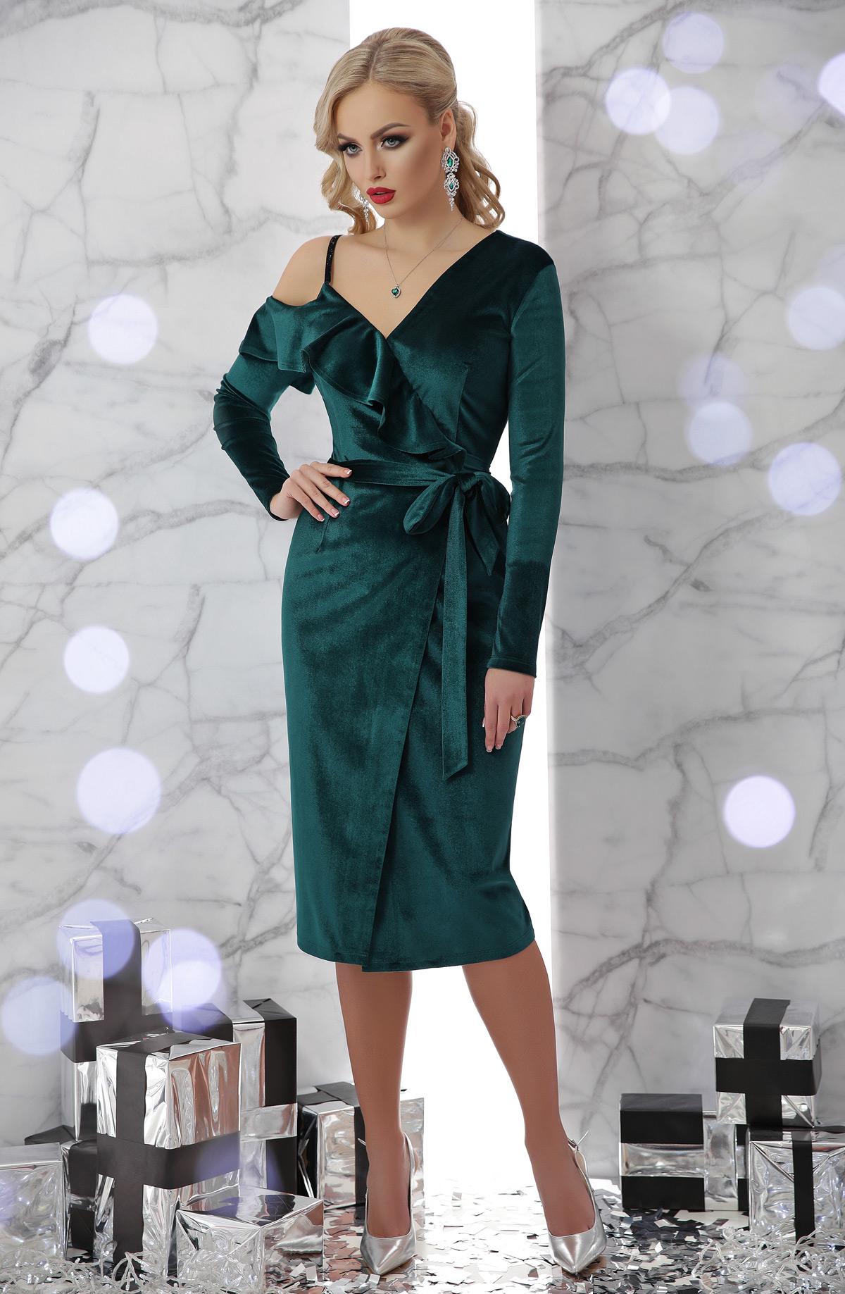 20ced636fef изумрудное вечернее платье с запахом. платье Валерия д р. Цвет  изумруд
