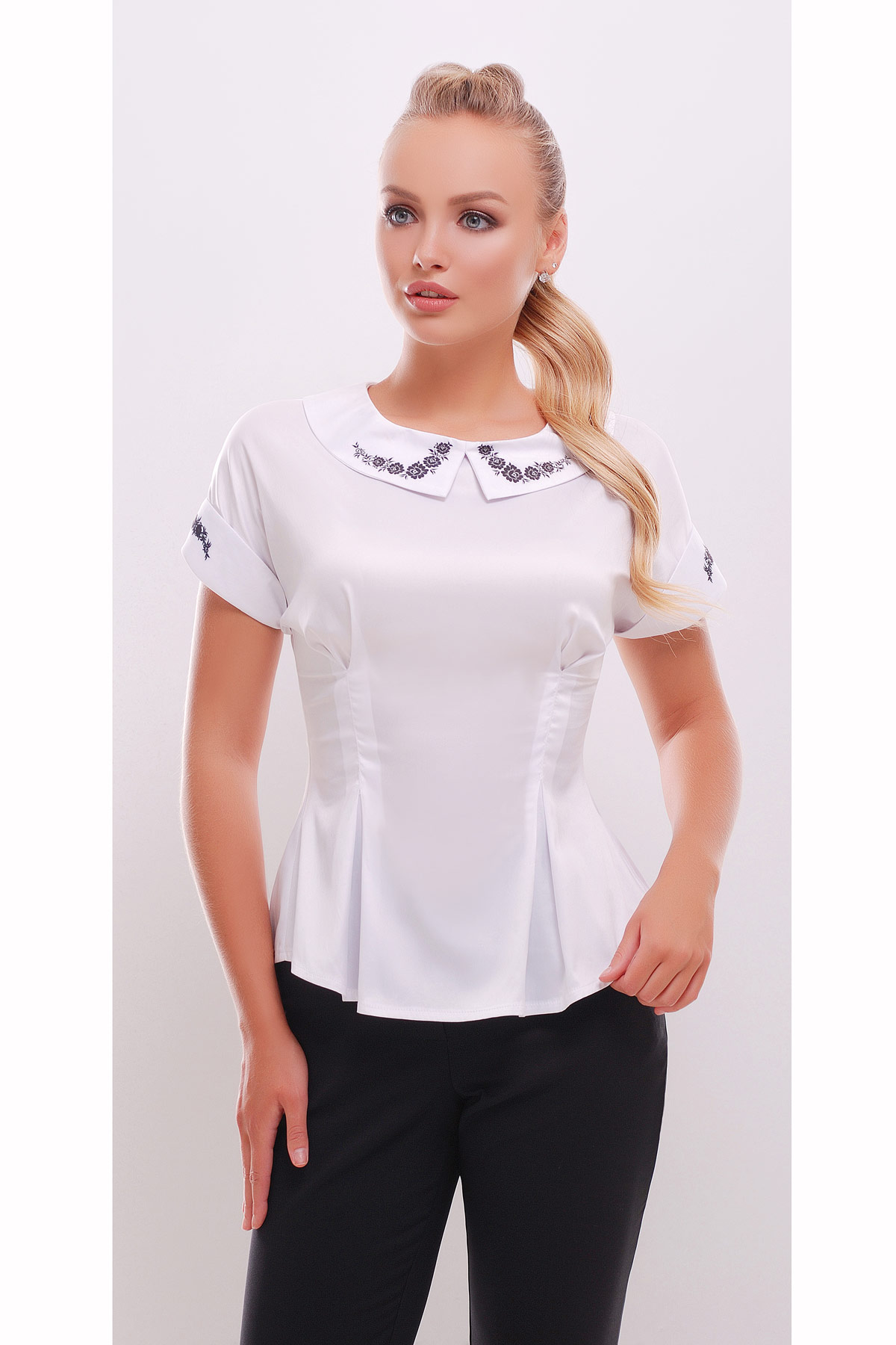 9a848aadc72 приталенная блузка с коротким рукавом. Цветы блуза Милада к р. Цвет  белый