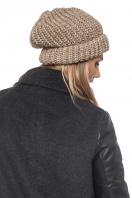 бежевая шапка крупной вязки. Шапка 2052. Цвет: бежевый цена