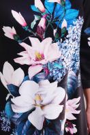черное платье А-силуэта с цветочным принтом. Магнолии платье Тая-3ФК д/р. Цвет: принт-кожа отделка цена