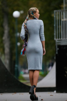 темно-серое платье спортивного стиля. платье Макси д/р. Цвет: светло серый купить