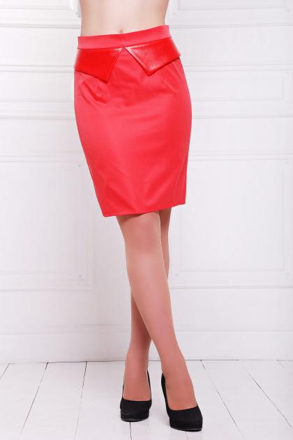 Черная юбка до колен с баской из экокожи. юбка мод. №12. Цвет: красный