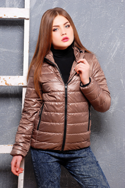 черная спортивная куртка. куртка Смарт2. Цвет: темно бежевый