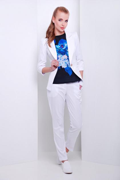 женские светло-бежевые брюки. брюки Хилори. Цвет: белый