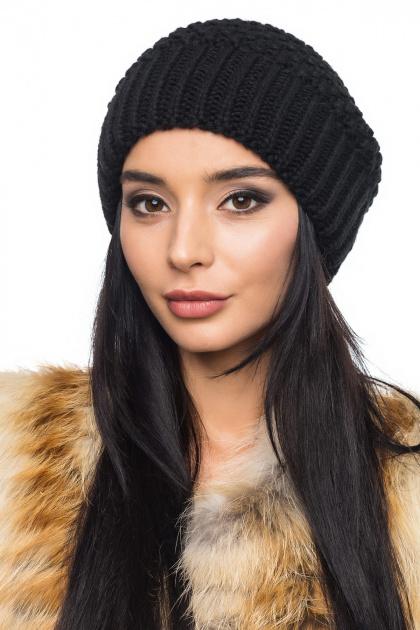 Вязаная шапка черного цвета с широкой резинкой. Шапка 1061. Цвет: черный