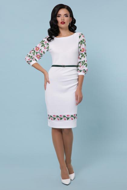 Белое облегающее платье с цветочным принтом. Цветы-орнамент платье Андора д/р. Цвет: белый