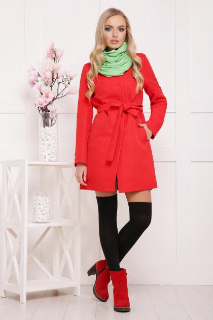 черное пальто на весну. пальто П-337. Цвет: красный горох
