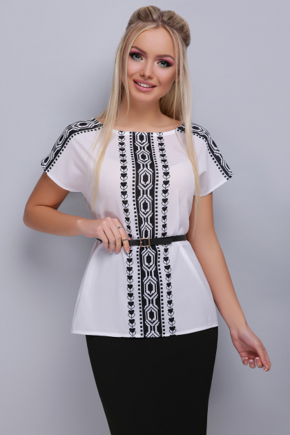 черно-белая блузка с поясом. Орнамент черный блуза Мира б/р. Цвет: принт