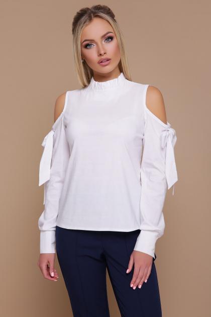 белая блузка с вырезами на плечах. блуза Варвара д/р. Цвет: белый