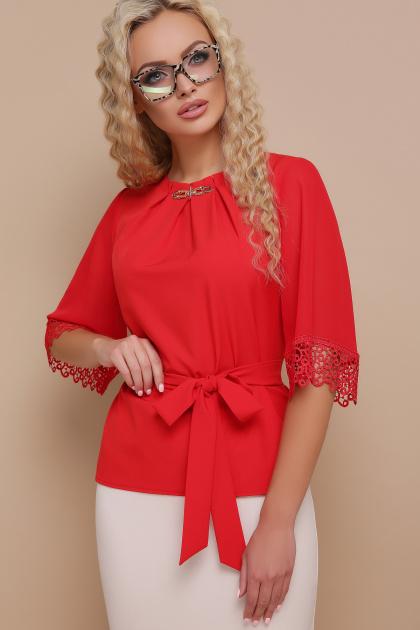 красная блузка с кружевом. блуза Карла д/р. Цвет: красный