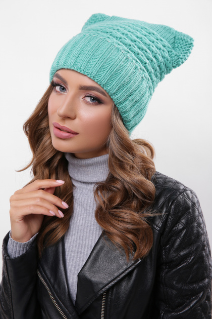 зеленая шапка с ушками. Шапка 316. Цвет: зеленый