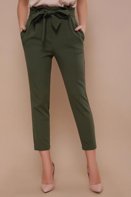 брюки 7/8 цвета хаки. брюки Челси. Цвет: хаки