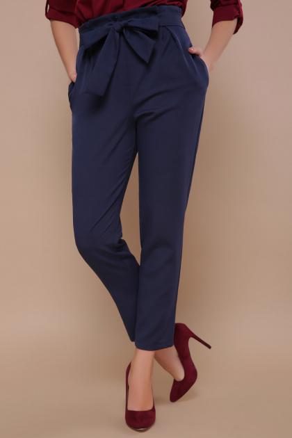 брюки 7/8 цвета хаки. брюки Челси. Цвет: синий