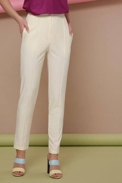 узкие красные брюки. брюки Бенжи 2. Цвет: ваниль
