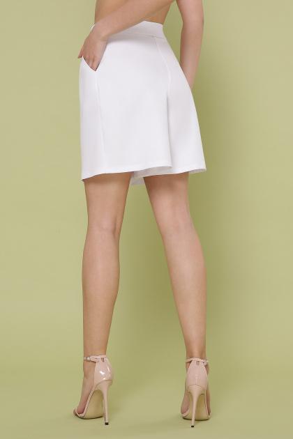 летние женские шорты. шорты Шери. Цвет: белый