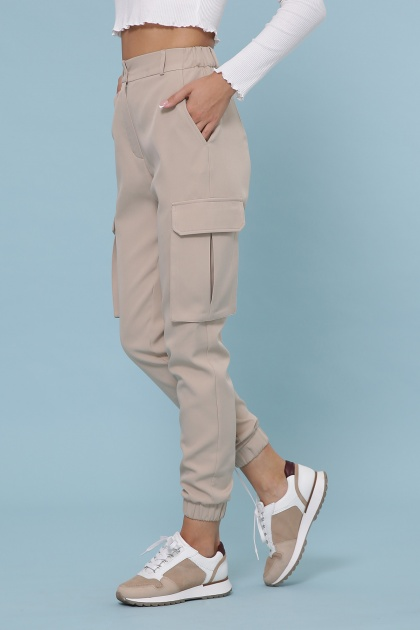 бежевые брюки карго. брюки-карго Стеф. Цвет: бежевый