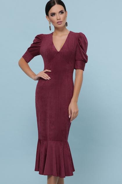 бежевое платье из замши. платье Дания к/р. Цвет: бордо