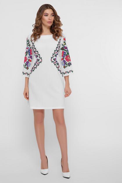 белое платье с орнаментом. Цветочный орнамент платье Кирма д/р. Цвет: белый