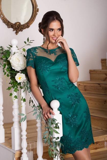 зеленое кружевное платье. Платье Микея к/р. Цвет: зеленый