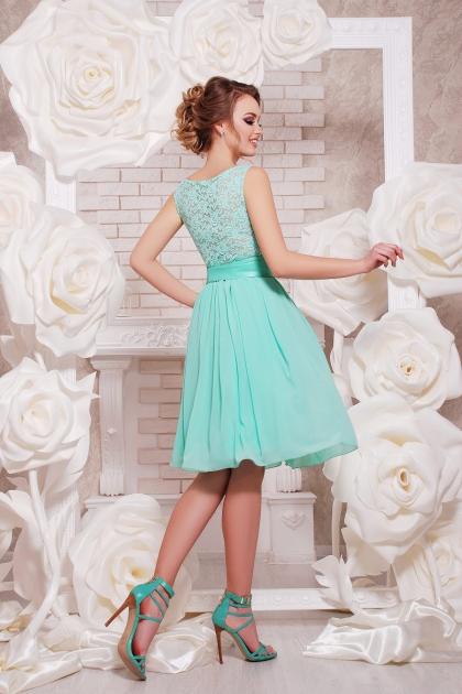 персиковое коктейльное платье без рукавов. Платье Настасья б/р. Цвет: мята цена