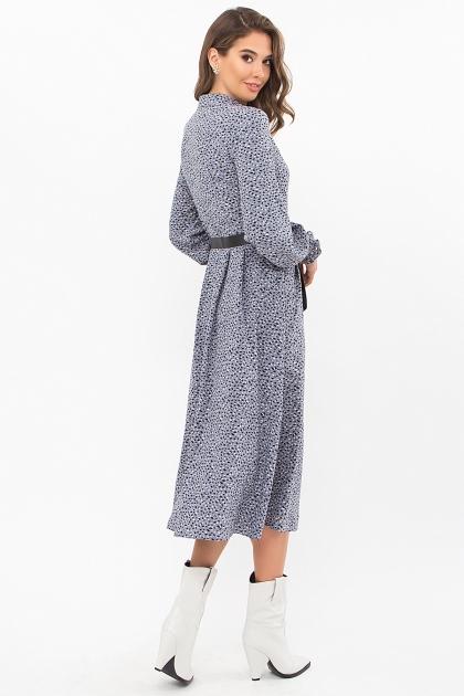 синее платье с поясом. Платье Кария д/р. Цвет: джинс-разноцв.пятна цена