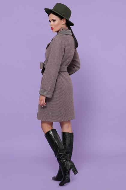 демисезонное песочное пальто. Пальто П-347-М-90. Цвет: 7-т.бежевый цена